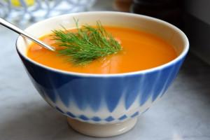 Süßkartoffelsuppe. Warum Kochen für dich und deine Familie wichtig und gesund ist